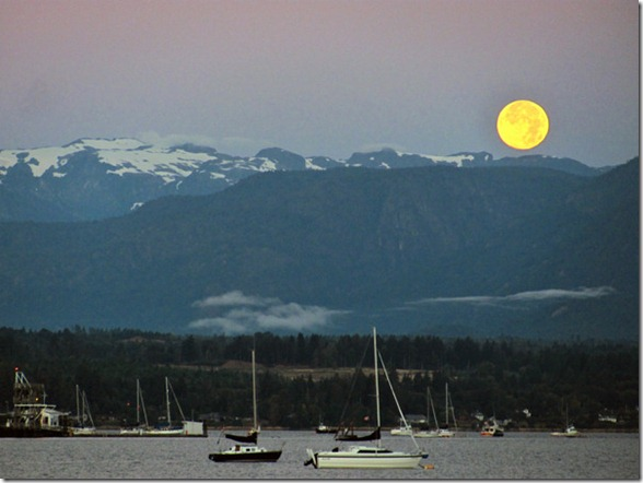 Comox Valley, British Columbia Canada - Blue Moon - September 4, 2012