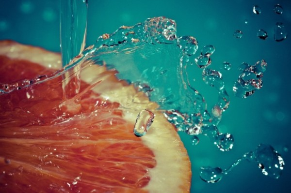 Orange-Slice-Spray-Water-Fruit-485x728