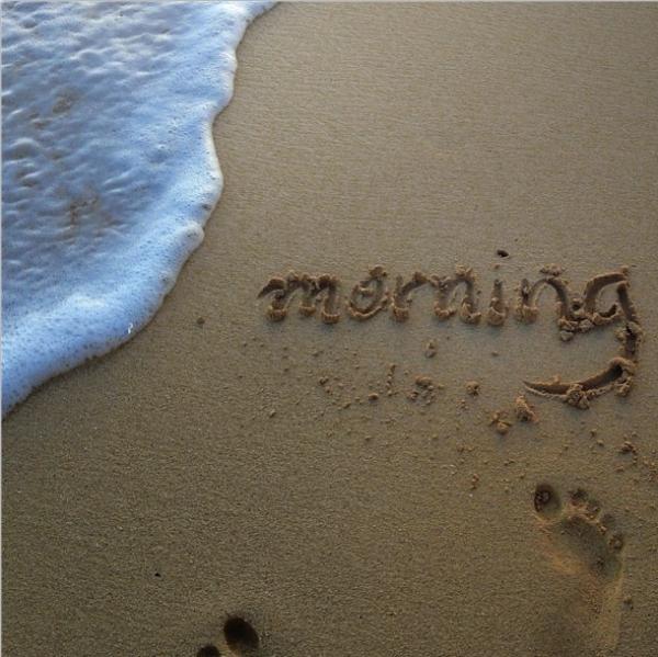 Hawaii-beach-surf-morning-relax