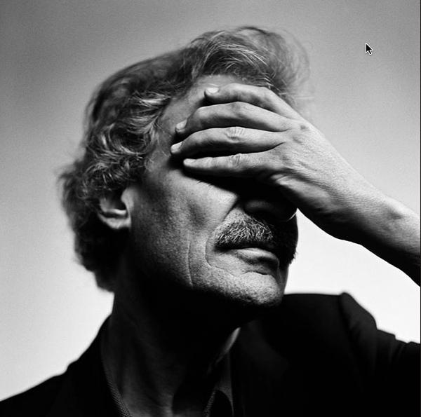 Guy Mortier portrait by Stephan Vanfleteren