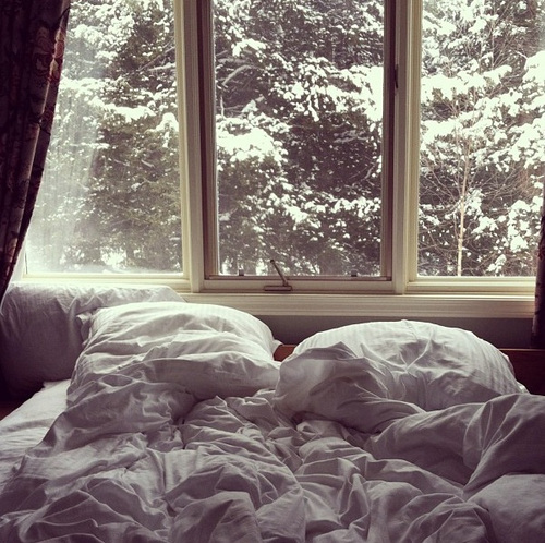 bed-saturday-relax