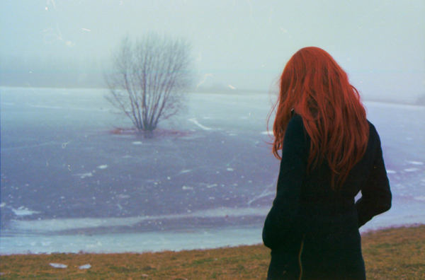 woman-red-hair-winter