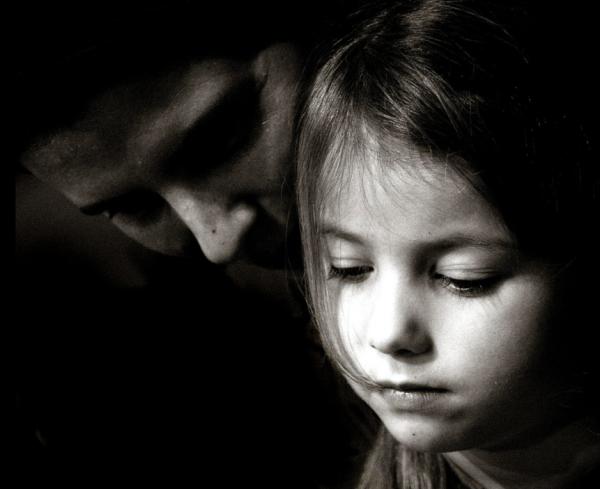 mother-daughter-sad