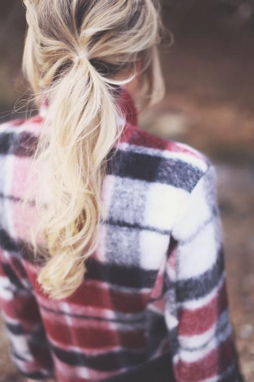 flannel-shirt-hair-woman