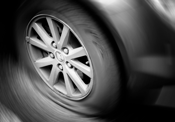 photography,black and white,tire,flat tire,