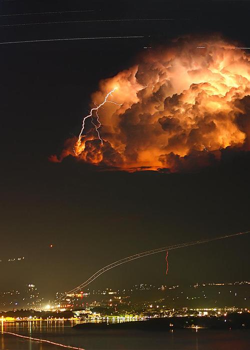 lightning-greece-corfu