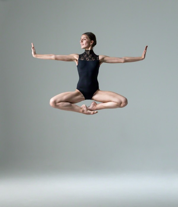 dancer,dance,jump,fly