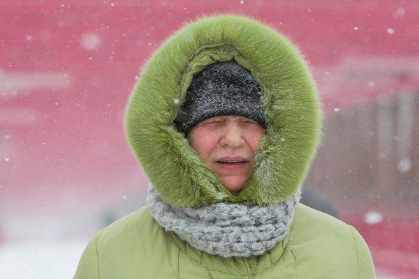 parka-hood-winter-cold