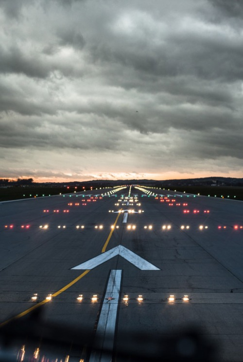 runway-flight-airplane-take-off