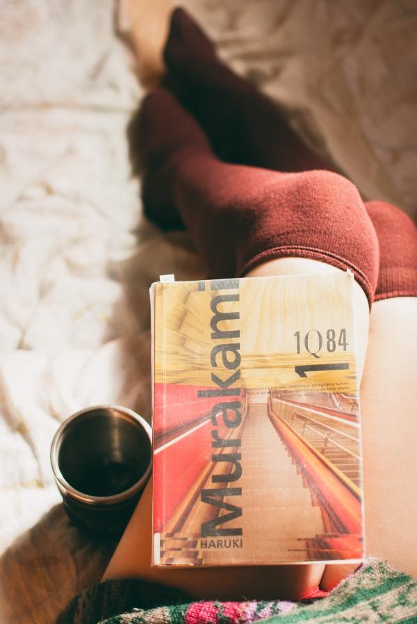book-reading-murakami