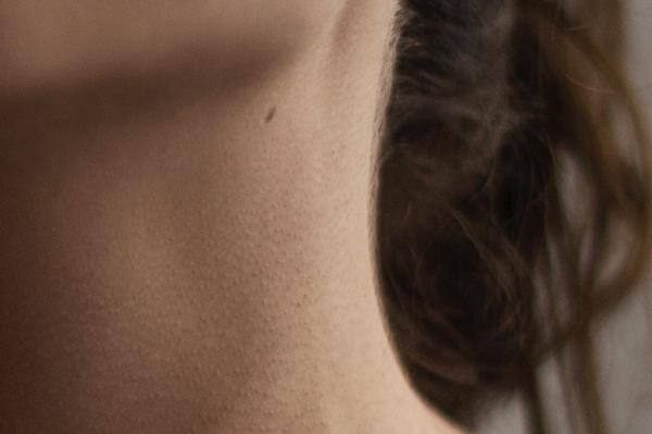 goose bumps,portrait,woman