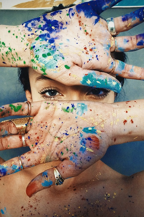 color-hands-portrait-paint