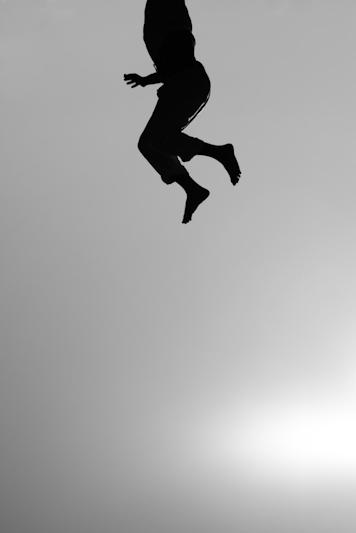 lightly-fly-light-let-go