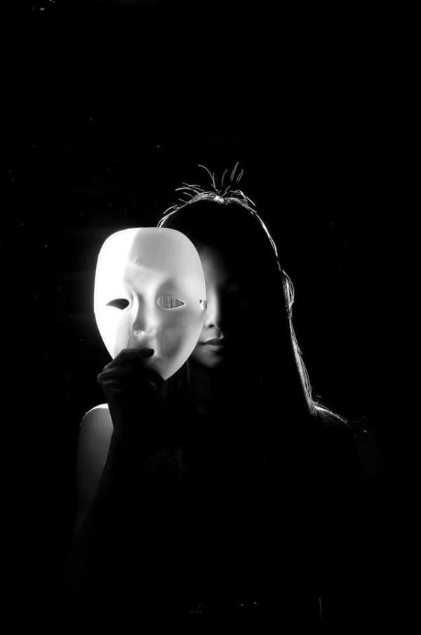 mask-authenticity-portrait
