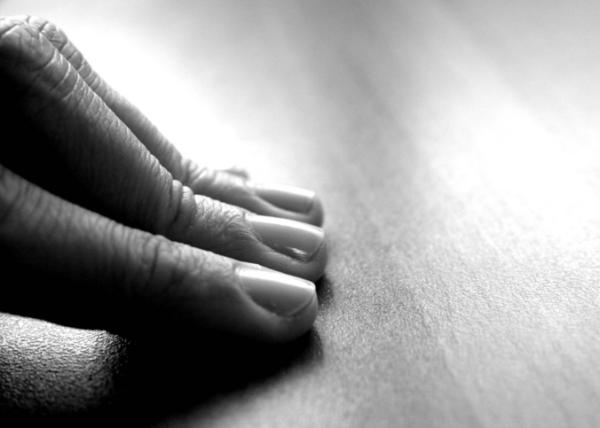 fingers-fingertips-touch