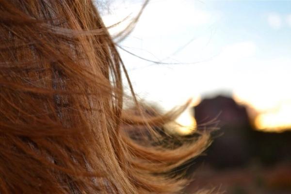 wind-hair-sunrise