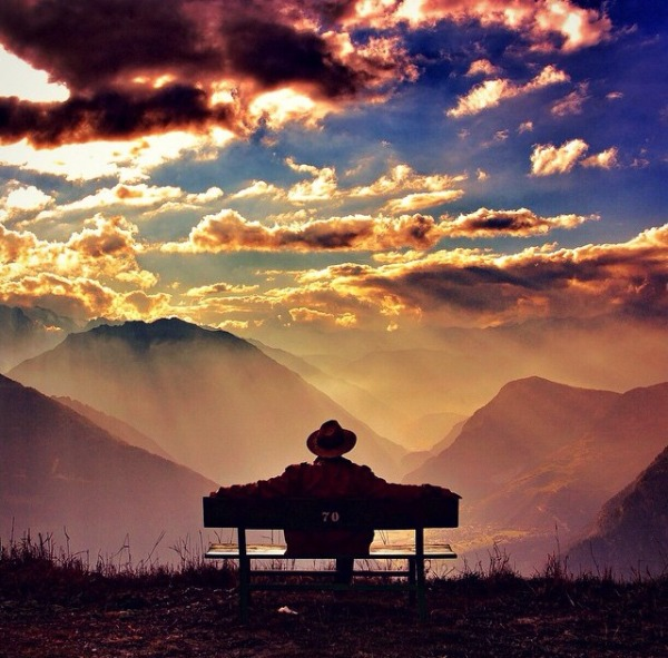 bench-sit-gratitude-sun-light-sunrise-sunset