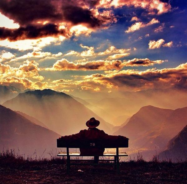 bench-sit-gratitude-sun-light-sunrise-sunset