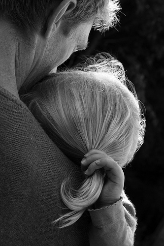 father-daughter-hug-love