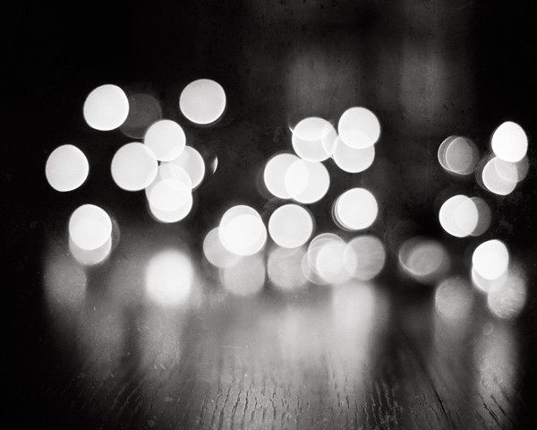 black-and-white-bubbles-light