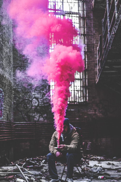 smoke-pink-burning