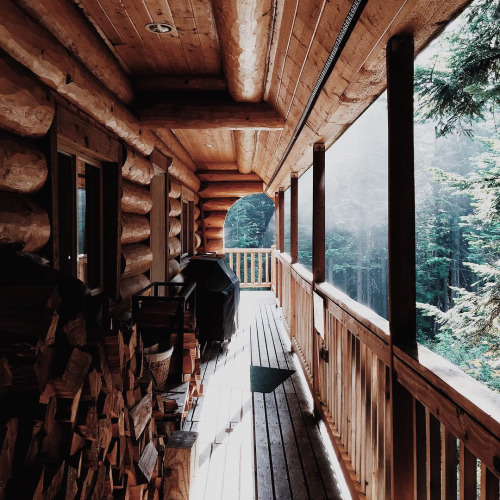 porch-cabin-nature-outdoors