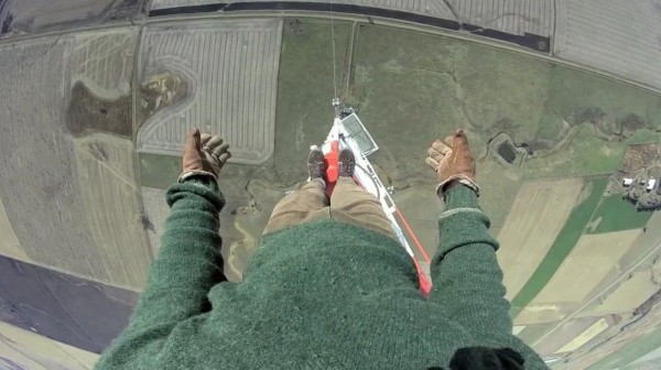 CATERS_URBAN_CLIMBER_COMPLETES_WORLDS_TALLEST_TV_TOWER_CLIMB_10-1366x765
