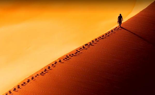 desert-sand-foot-prints-yellow