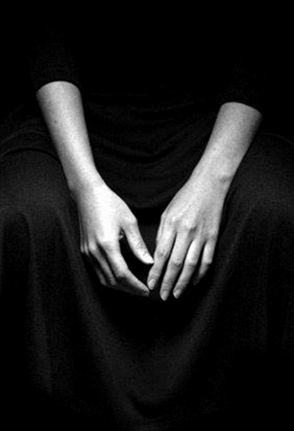 hands-rest-black-and-white-sit