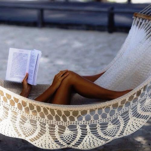 relax-read-hammock